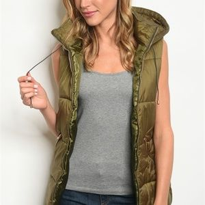 Jackets & Blazers - 🔴Olive Green Puffy Hooded Utility Vest Small